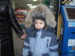 Новости Уральск - Уральск. Нашлись родители потерявшегося малыша rebenok