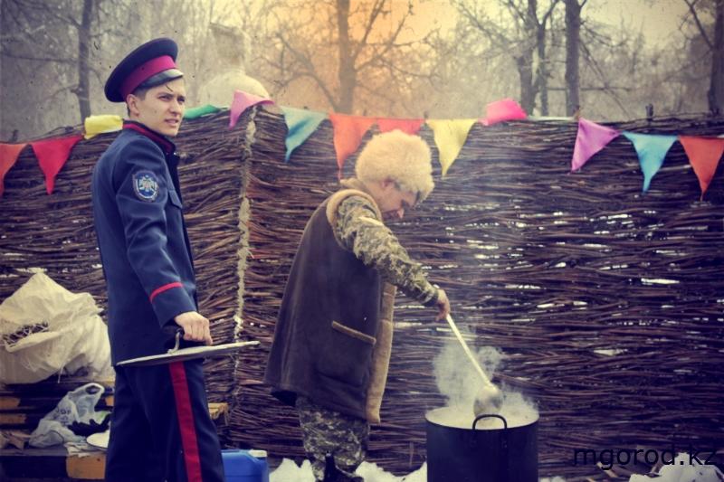 В Уральске отметили Масленицу (ФОТО, ВИДЕО) 6
