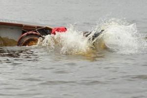 Атырау. Лодка попала в аварию - двое погибли lodka_zabortom.ru