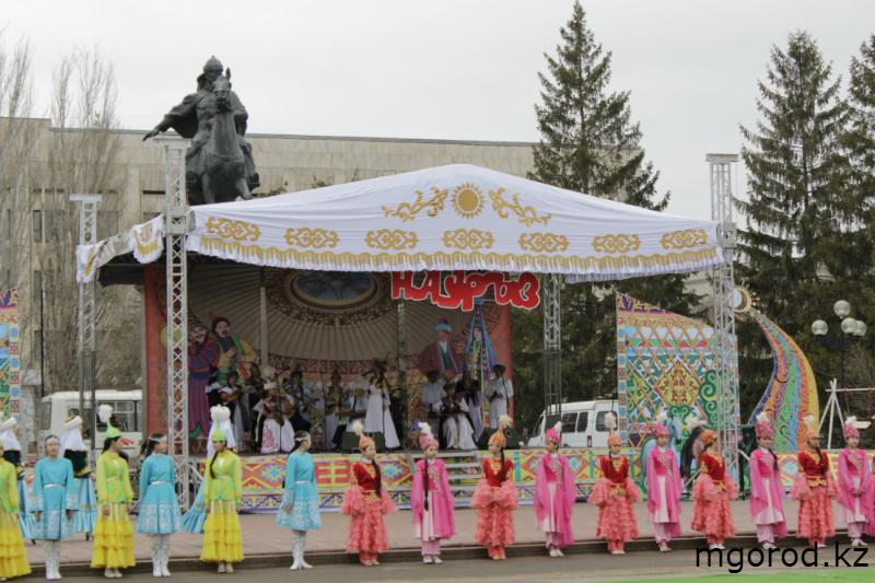 В Уральске отпраздновали Наурыз мейрамы (ФОТО) m16