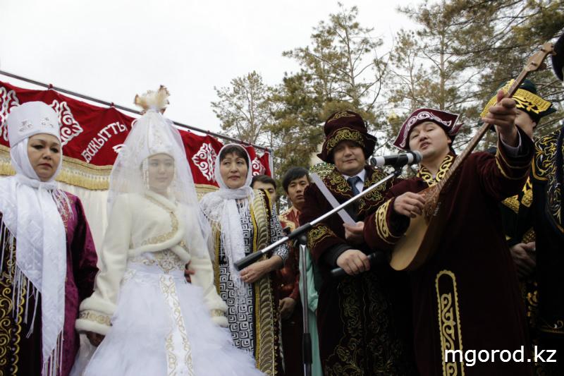 В Уральске отпраздновали Наурыз мейрамы (ФОТО) m6