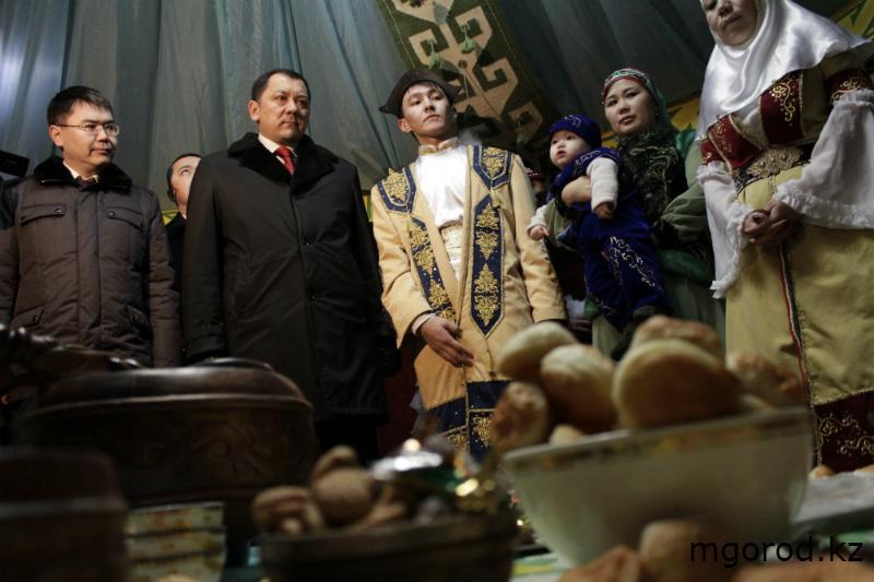 В Уральске отпраздновали Наурыз мейрамы (ФОТО) m8