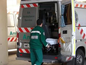 Уральск. 23-летний парень упал с моста ambulance_www.dcunnane.files.wordpress.com