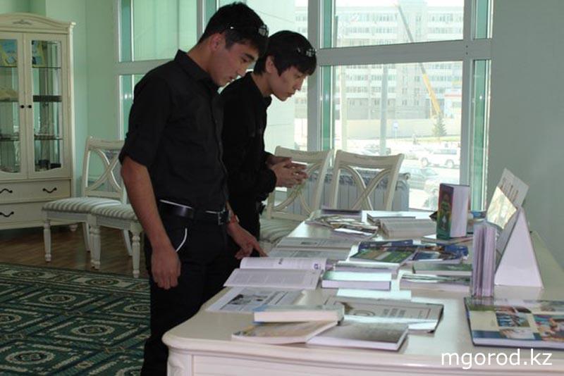 Платформа электронных учебников opiq.kz стала платной Актюбинская молодежь дискутировала на тему чтения книг