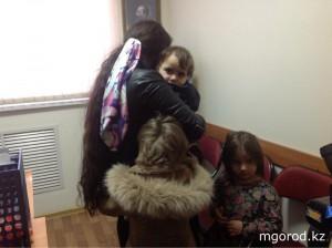 В Атырау родная бабушка похитила четверых внуков kidpaning_www.mgorod.kz