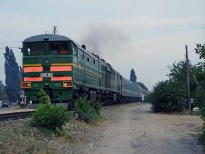 В Атырауской области под поезд попал машинист poezd