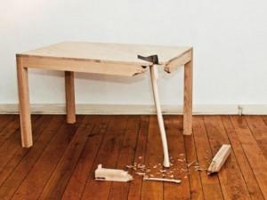 Актобе. Жена убила мужа ножкой от стола stol_www.anti-glamour.ru