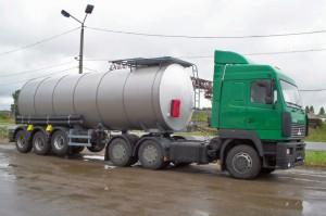 """Актобе. Задержаны """"Камазы"""" с нелегальной нефтью tank-cars.ru"""
