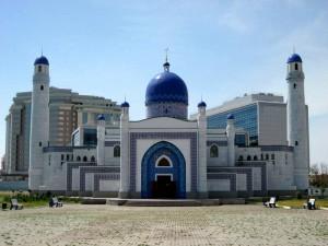 Новости Атырау - На Атыраускую область работают всего три теолога Мечеть в Атырау. Фото с сайта maps.resurs.kz
