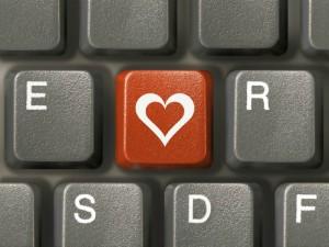 Актобе. Интернет-знакомства приводят к ВИЧ-инфекции Фото с сайта aif.ru