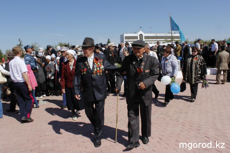 Парад Победы в Уральске (ФОТОРЕПОРТАЖ) MG10