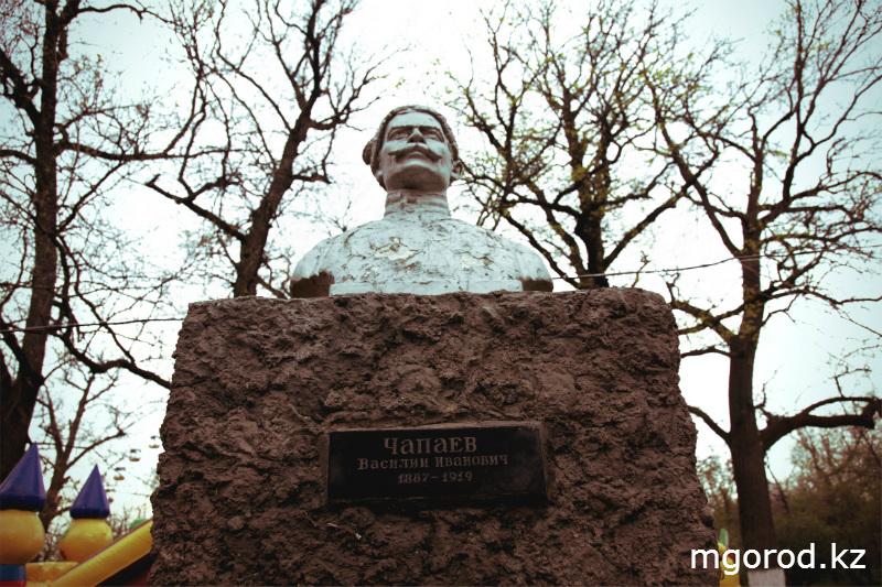 Советские места Уральска (ФОТОРЕПОРТАЖ) MG13
