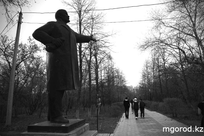 Советские места Уральска (ФОТОРЕПОРТАЖ) MG15