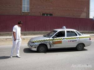 Новости Атырау - В Атырау на «пешеходке» сбили двух школьниц avaria_www.azh.kz