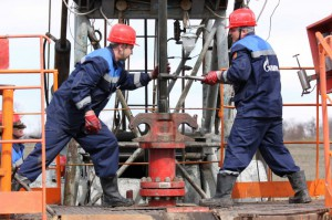 Атырау. Нефтяники создают трудовые профсоюзы nefteblog.ru
