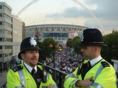 Власти Лондона усилят охрану зданий мусульманских общин 10