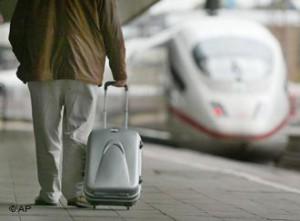 Новости - Перебои возникли в движении поездов в Германии из-за наводнения 11
