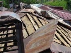В Мангистауской области сильный ветер сорвал кровли зданий фото с сайта kuban.mk.ru