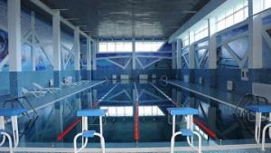 Уроки плавания могут быть включены в школьную программу Фото с сайта www.flickr.com/photos/karimmassimov/