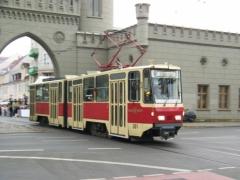 В Алматы привезли европейские трамваи 7