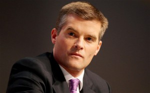Новости - Британский министр сломал ногу, упав во время танца со стола фото с сайта directpress.ru