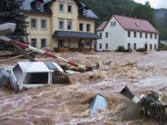 В Германии из-за прорванной дамбы эвакуировали свыше 36 тысяч человек 8