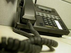 """В Актобе задержали телефонную террористку, """"заминировавшую"""" аэропорт Фото с сайта altaynews.kz"""