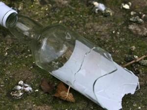 Новости Атырау - В Атырау участкового ударили бутылкой по голове Иллюстративное фото с сайта www.bfm.ru