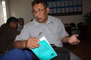 Актюбинские водители требуют наказать прокурора ermahanov