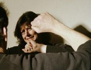 В Уральске арестован мужчина, угрожавший своей матери расправой Иллюстративное фото с сайта www.news.am
