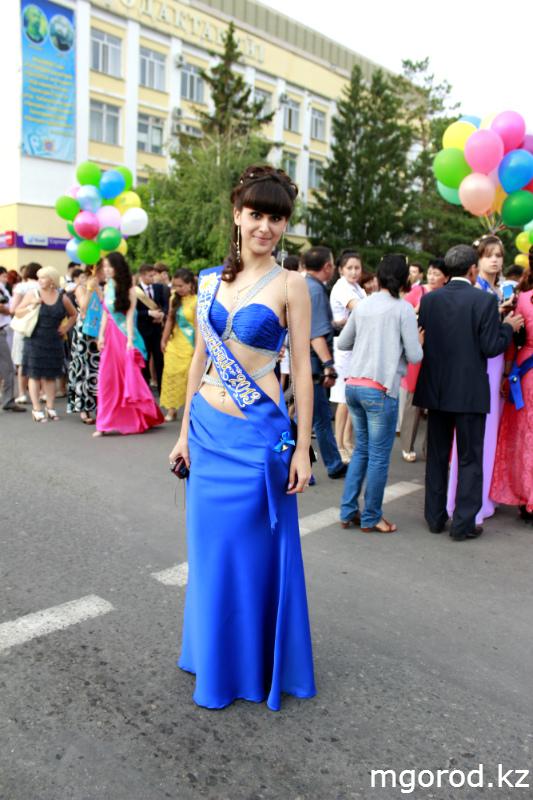 Новости Уральск - В Уральске состоялся бал выпускников mgorod.kz 12
