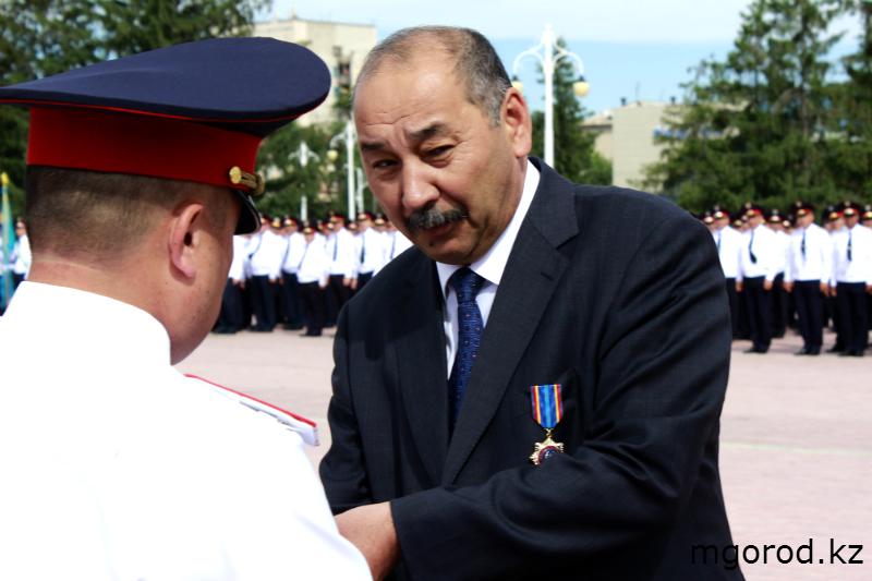 В Уральске прошёл парад полицейских mgorod.kz 18