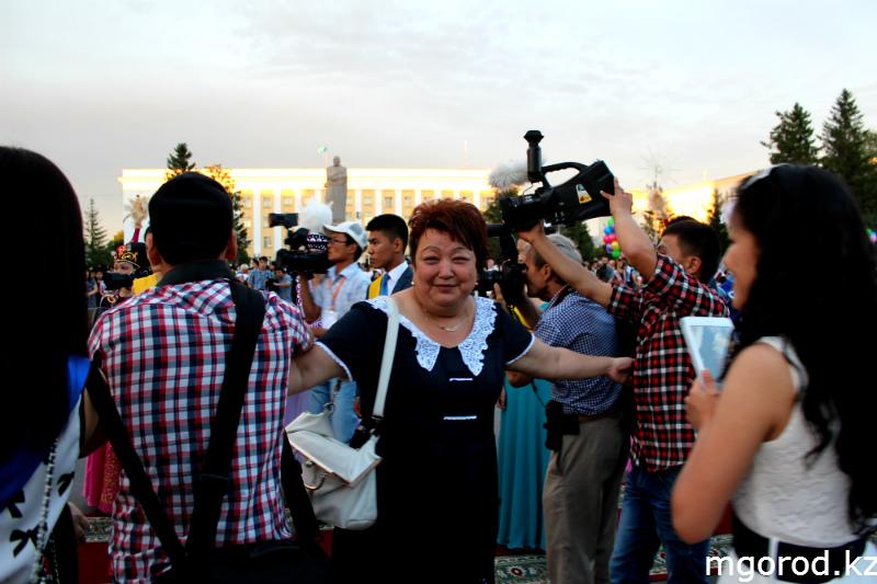 Новости Уральск - В Уральске состоялся бал выпускников mgorod.kz 20