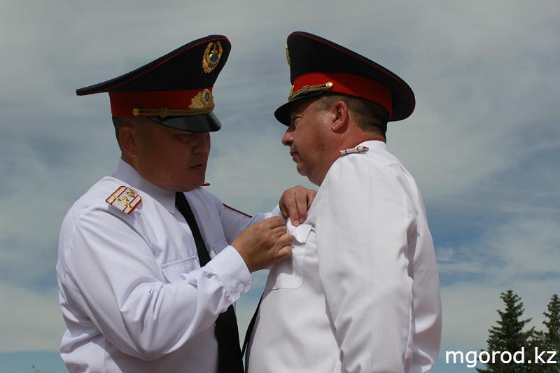 В Уральске прошёл парад полицейских mgorod.kz 7