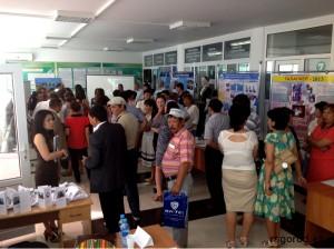 В Атырау безработные ищут спасение на ярмарке специальностей mgorod.kz3