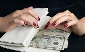 Новости Атырау - В Атырау мошенница присвоила 800 тысяч долларов Иллюстративное фото с сайта www.thenews.kz