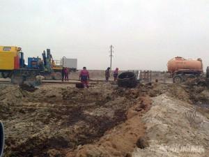 Более 100 тонн нефти вылилось из нефтепровода в Атырауской области Фото с сайта www.azh.kz