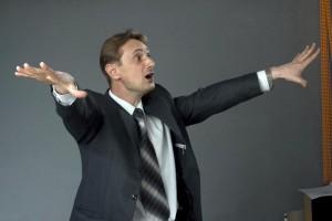 В Атырау прокуроров учат ораторскому искусству Фото с сайта www.self-change.ru