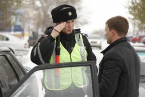 Новости Уральск - В уральской дорожной полиции будут бдеть партийцы Фото с сайта www.kstnews.kz