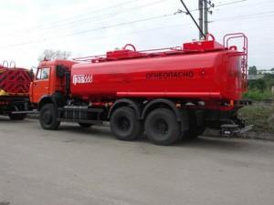 """В ЗКО опрокинулся четырехтонный """"КамАЗ"""" с соляркой Фото с сайта trucksformer.ru"""
