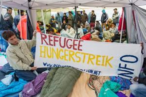 В Германии зафиксировали внезапный приток беженцев из Чечни Голодовка беженцев в Мюнхене Фото: Marc Mueller / DPA / AFP