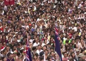 В Гонконге около 400 тысяч человек вышли на демократический марш Фото с сайта 24.kz