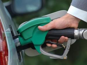 Новости - Правительство РК выяснило, кто разбавляет бензин Фото auto.gazeta.kz
