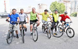 Крути педали, чтоб денег дали Фото express-k