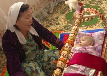 Новости - Врачи-педиатры не рекомендуют использовать бесик для выхаживания младенца Фото 24.kz