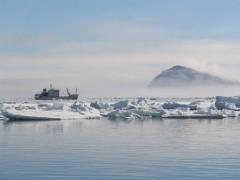 Новости - На Северном полюсе из-за потепления появилось озеро фото с сайта eco-turizm.net