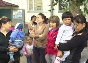 В Астане семьи военнослужащих выселяют из общежития Фото 24.kz