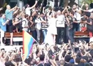 Новости - Турецкая полиция разогнала водометами свадьбу в парке Гези Фото 24.kz