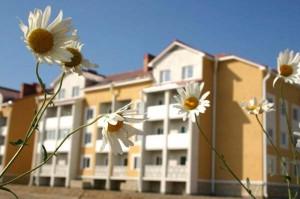 В Атырау с начала этого года сдали 8 домов в микрорайоне «Нурсая». Иллюстративное фото с сайта www.locman.kz