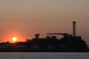 На месторождении Кашаган объявили о подаче обессеренного газа ostrov D